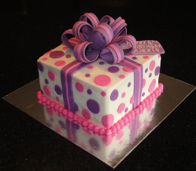 Pink & Purple Present Cake