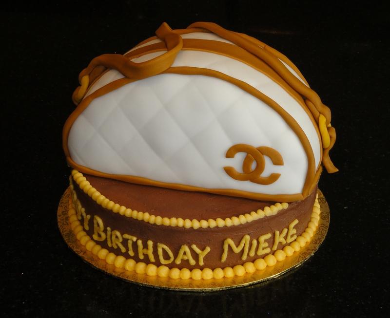 Chanel Purse 3D Cake