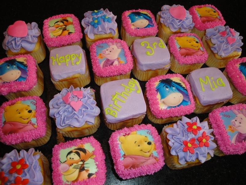 Winnie & Friends Square cupcakes