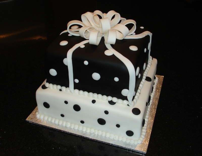2 Tiered Black & White Present Cake