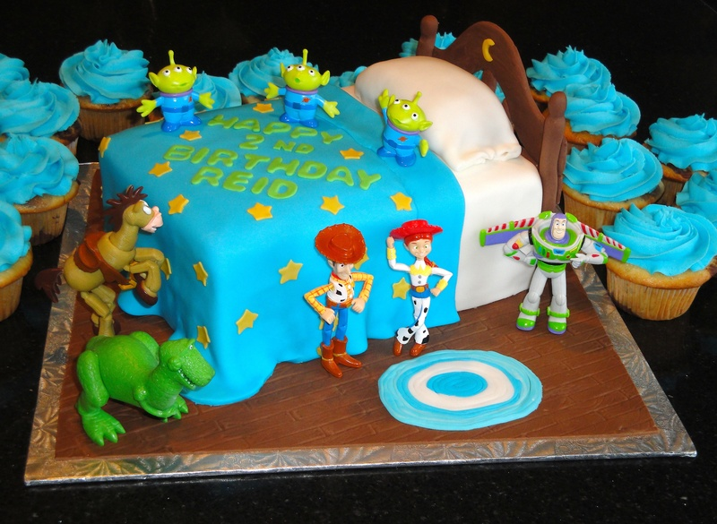 Toy Story - Andy's Room Birthday Cake