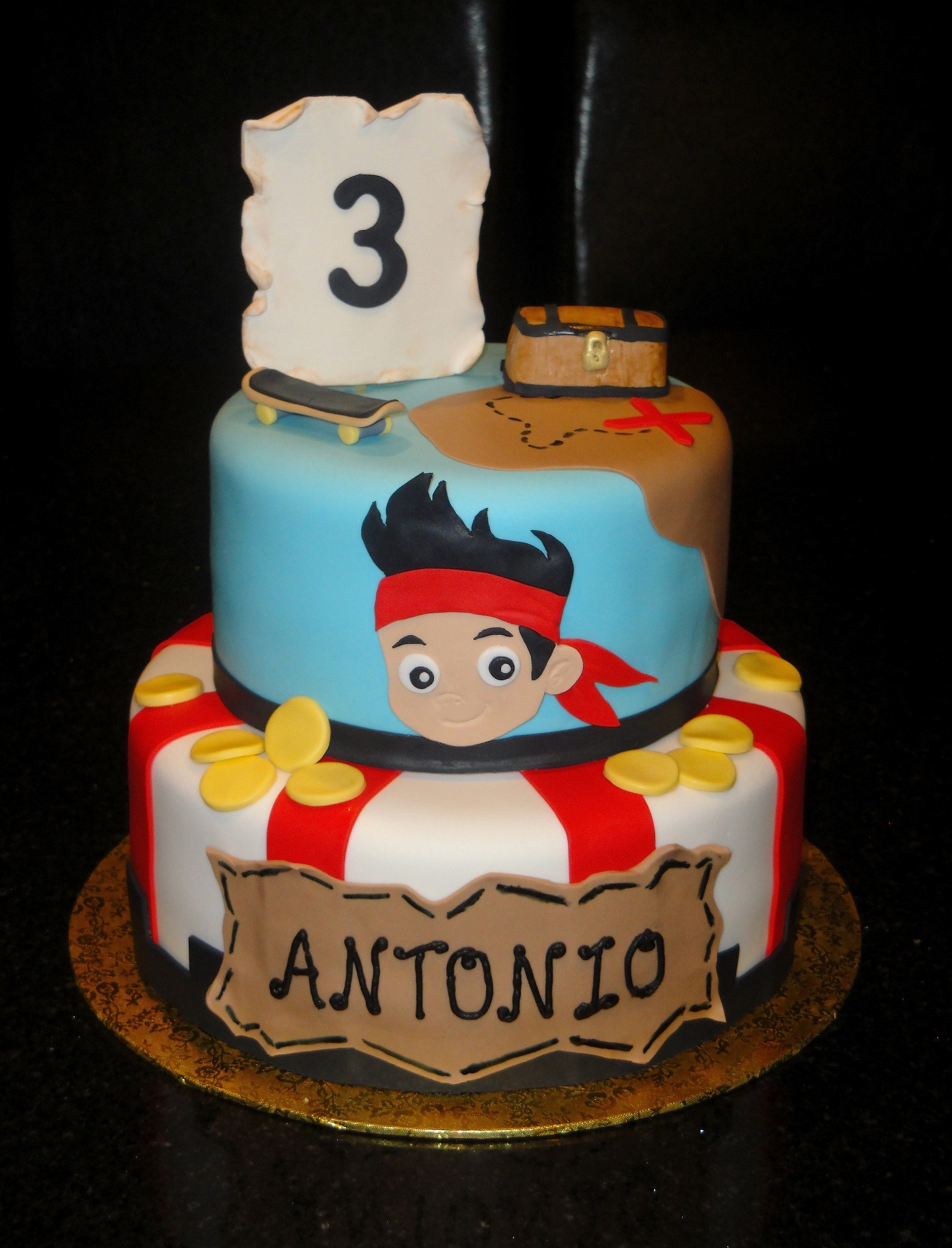 jake and the neverland pirates tiered cake - photo #28