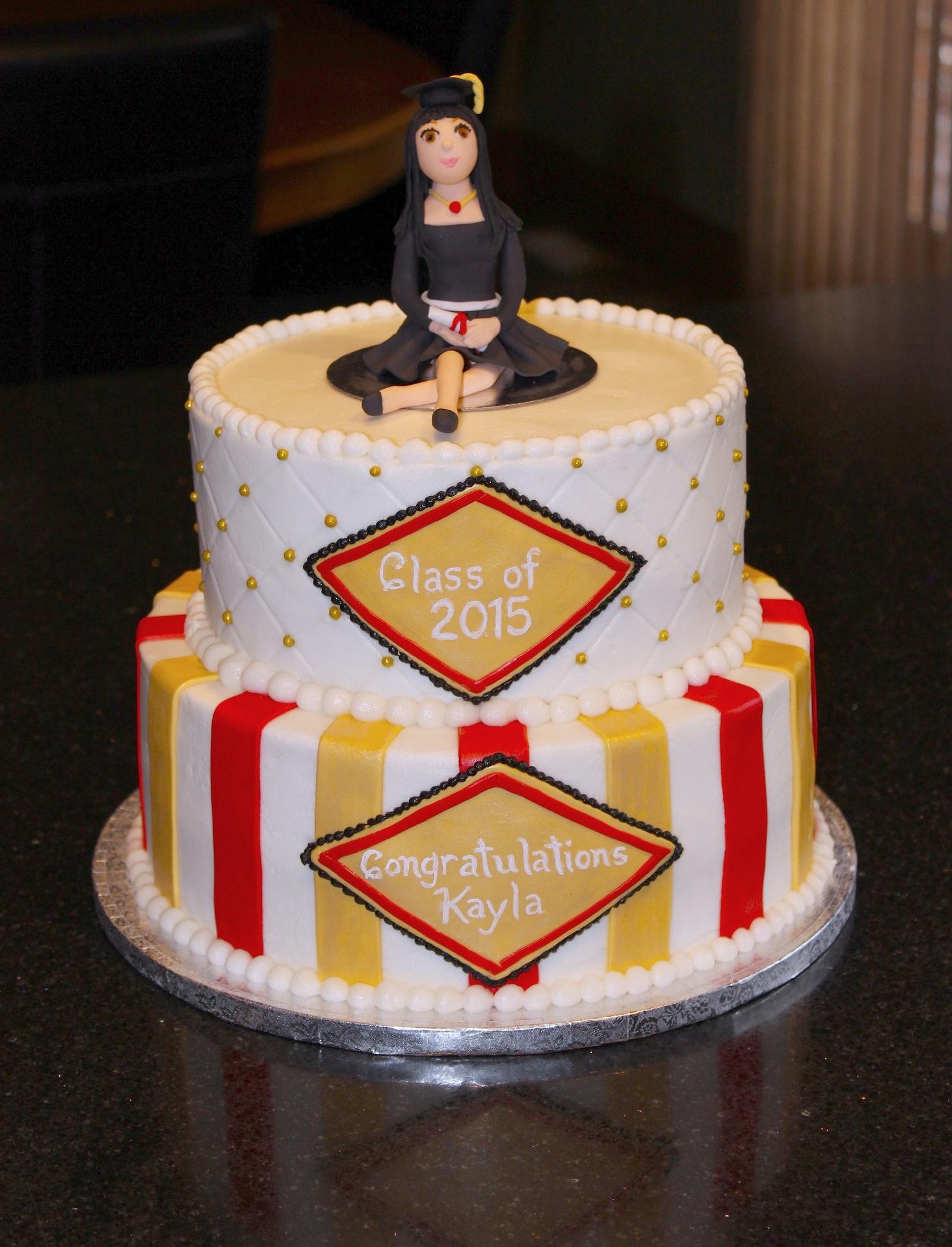 University Graduation Cake