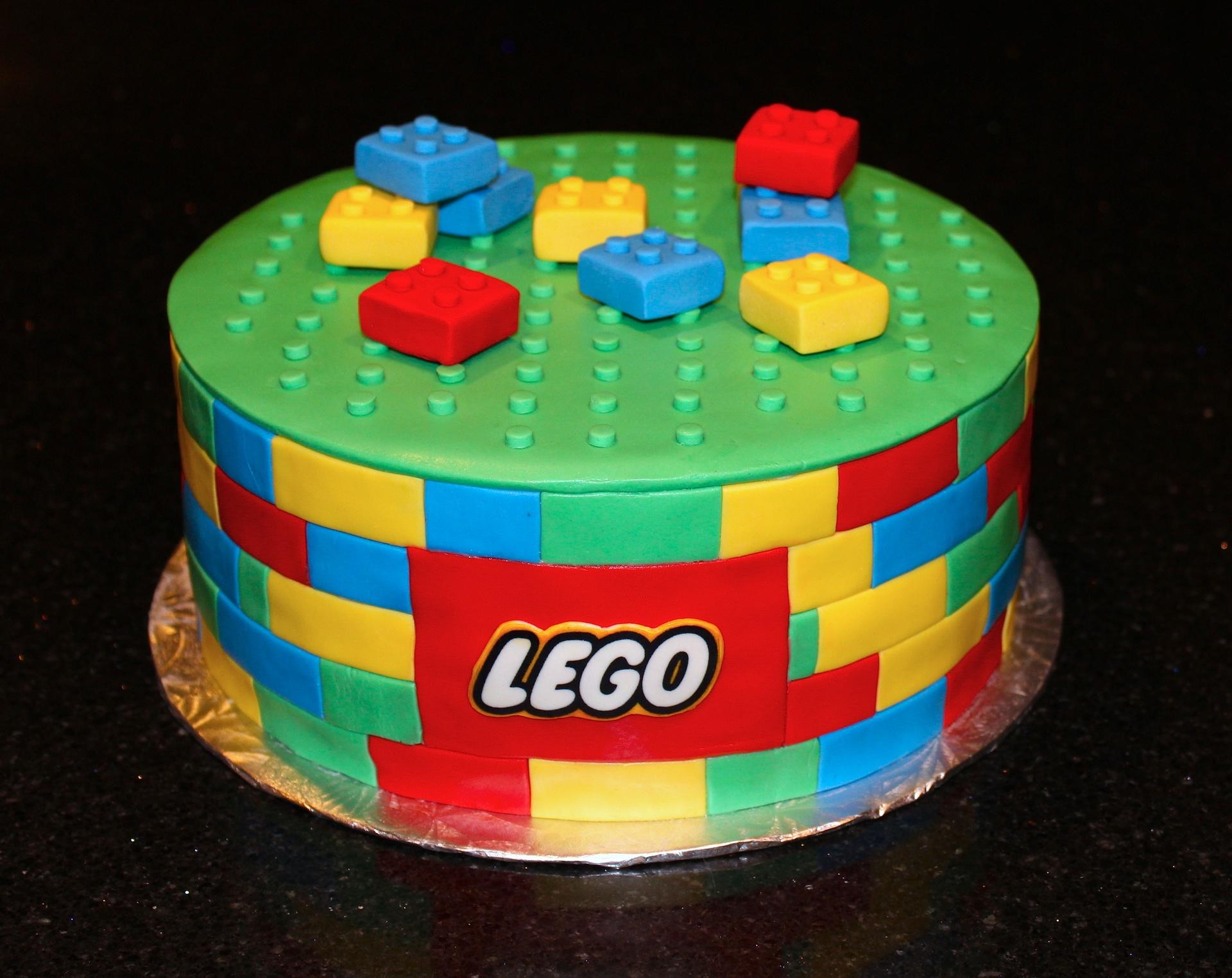 Lego Themed Groom's Cake