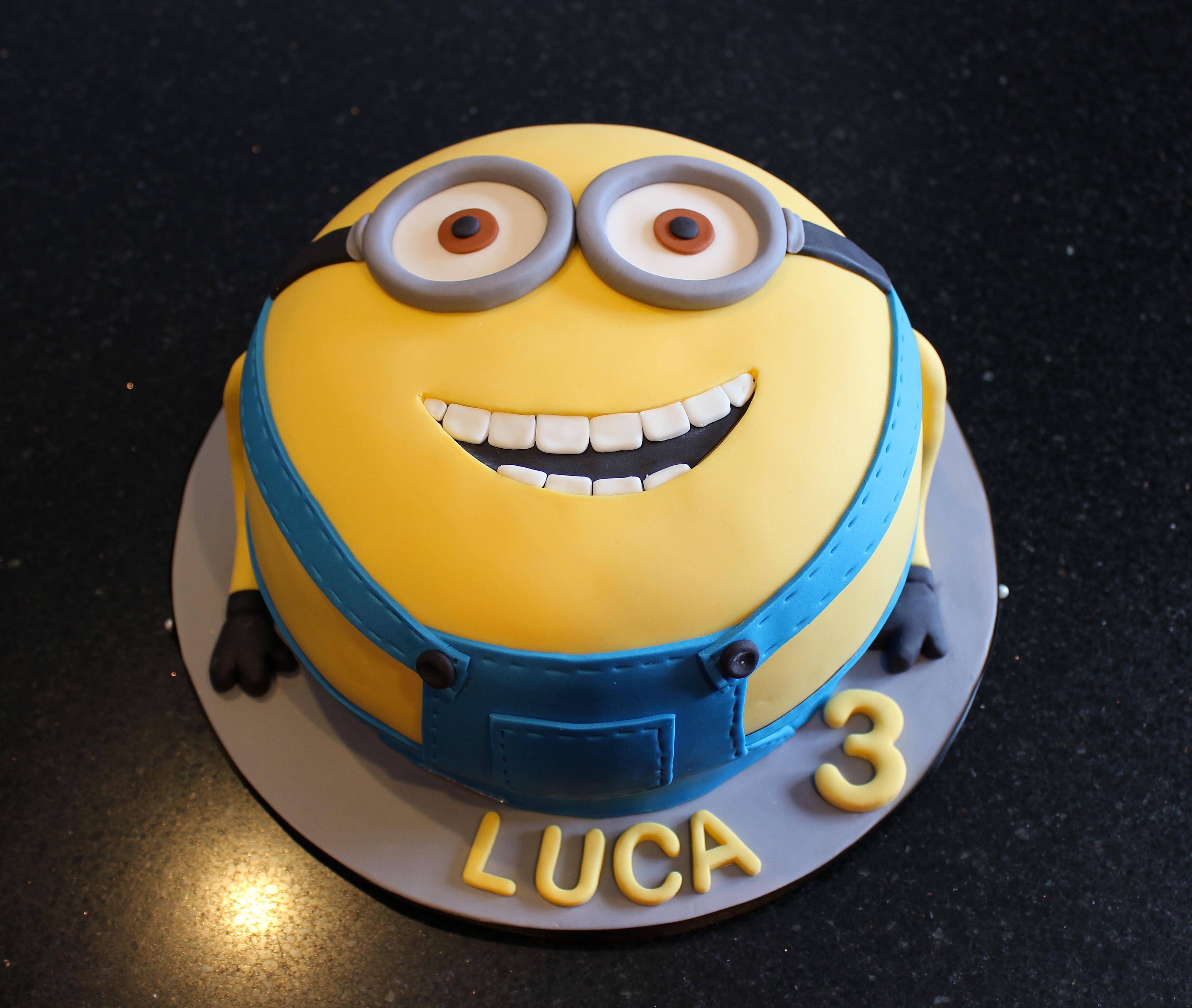 3D Minions Birthday Cake