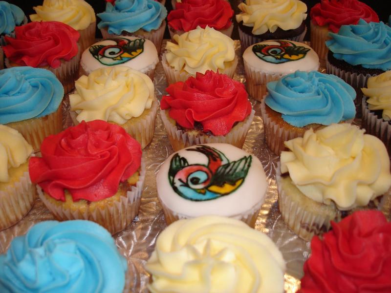 Thrive Studios Cupcakes