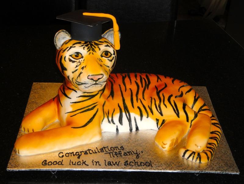 Graduation 3D Tiger Cake