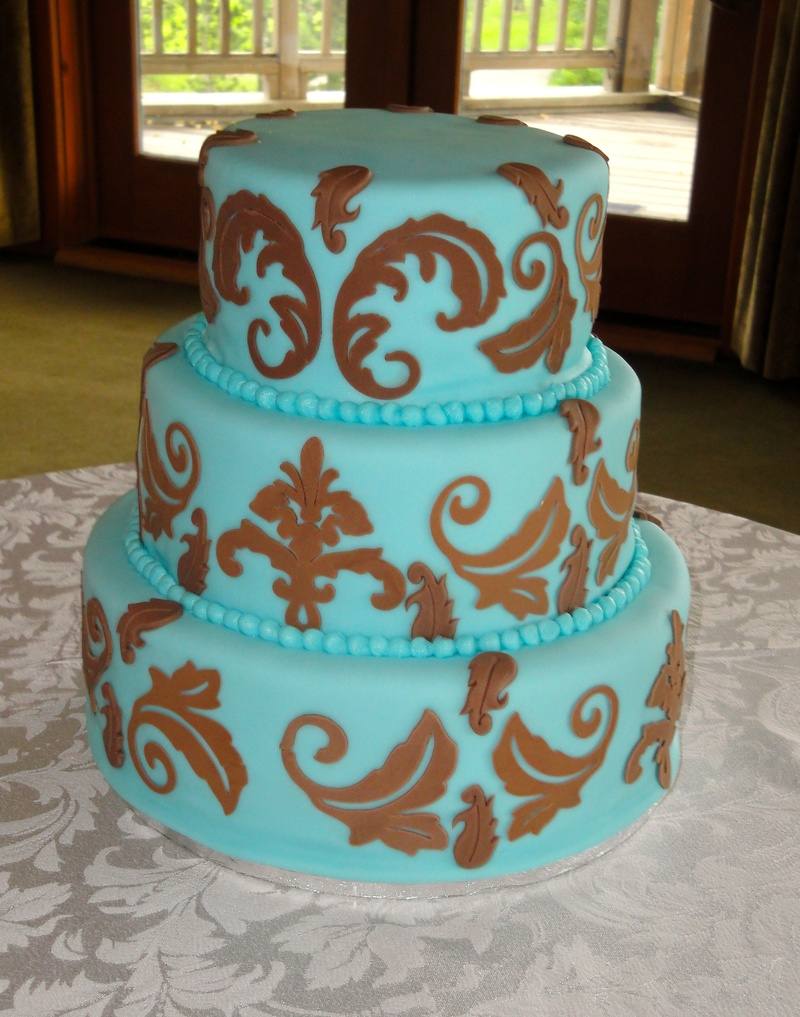 Tiffany Blue fondant & chocolate Damask