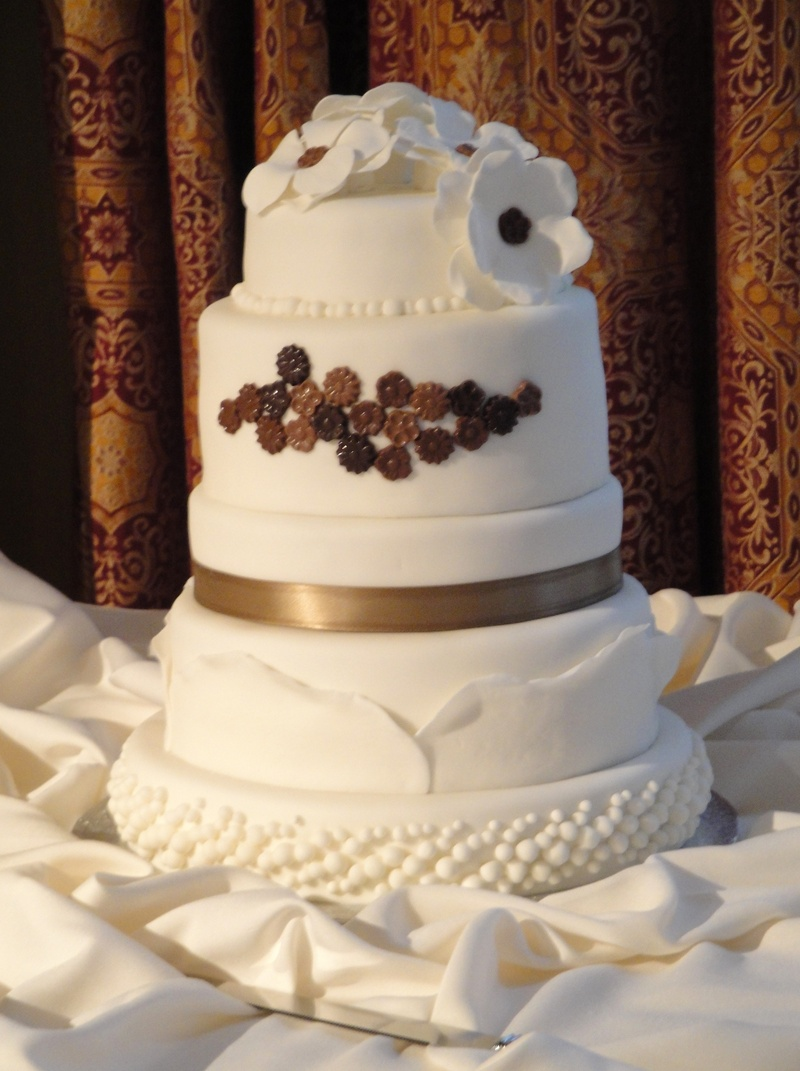 Mocha Chocolate design Wedding Cake