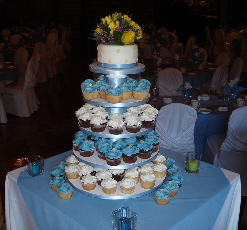 Blue & White Wedding Cupcakes & Cake