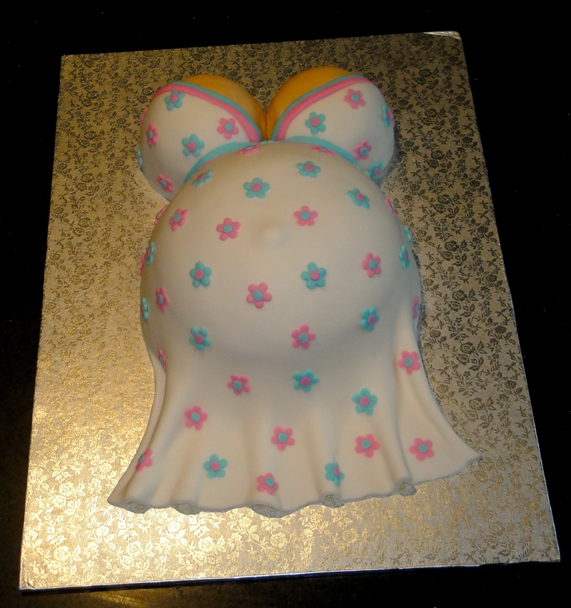 Baby Bump 3D Cake