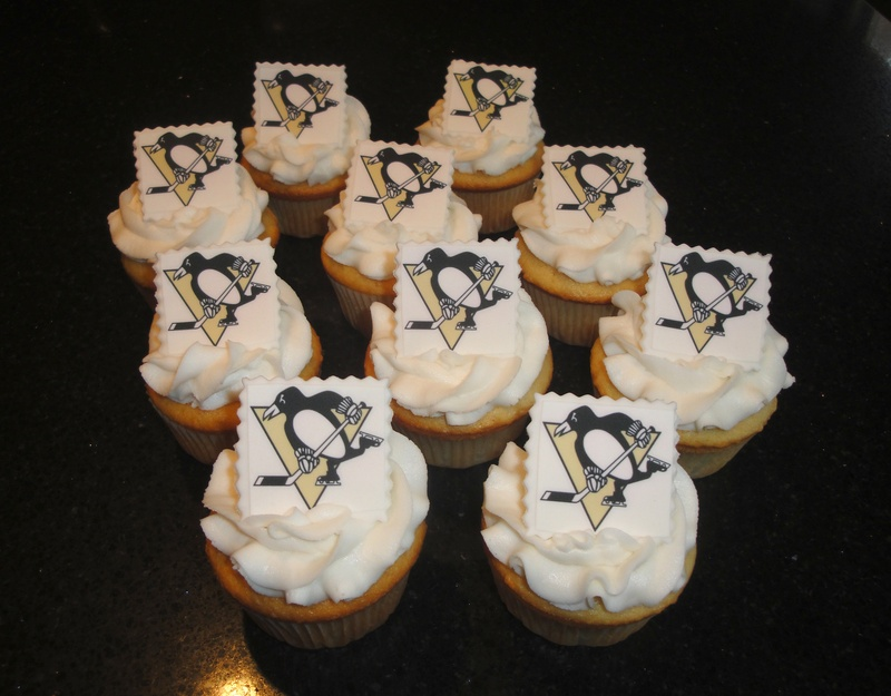 Pittsburg Penguins Birthday Cupcakes