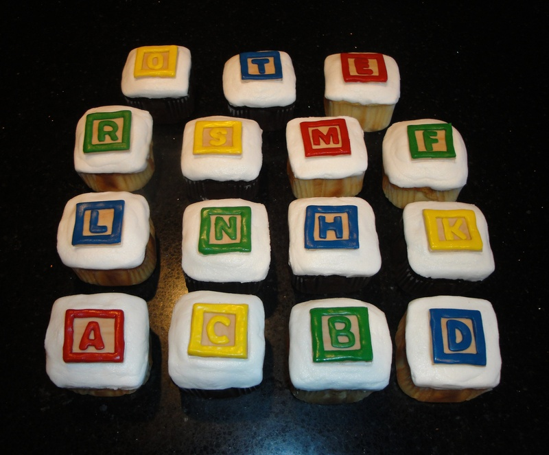 Kindergarten Block Themed Cupcakes